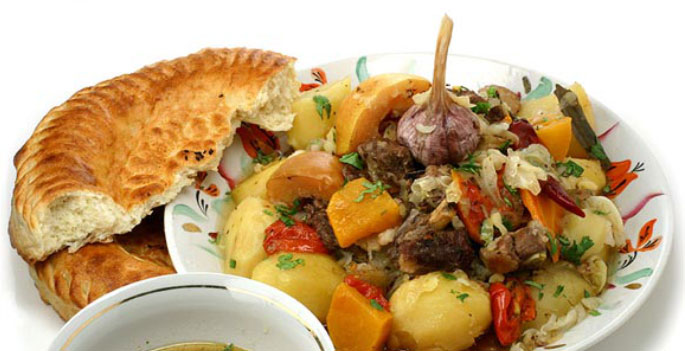 Узбекские блюда из мяса в казане